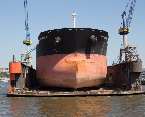Cut fuel ue and CO2 emissions with commercial antifouling hull coating